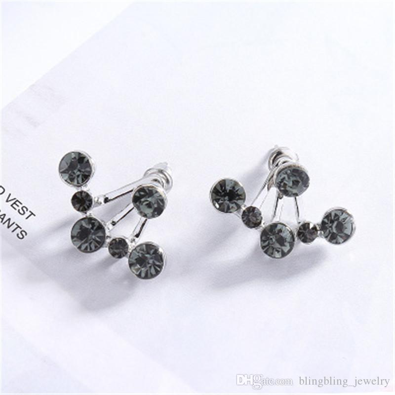 Versión Coreana De La Mejor pendientes de venta Tamaño gris diamante en forma de garra sobre la espalda temperamento pendientes pendientes simples mayorista