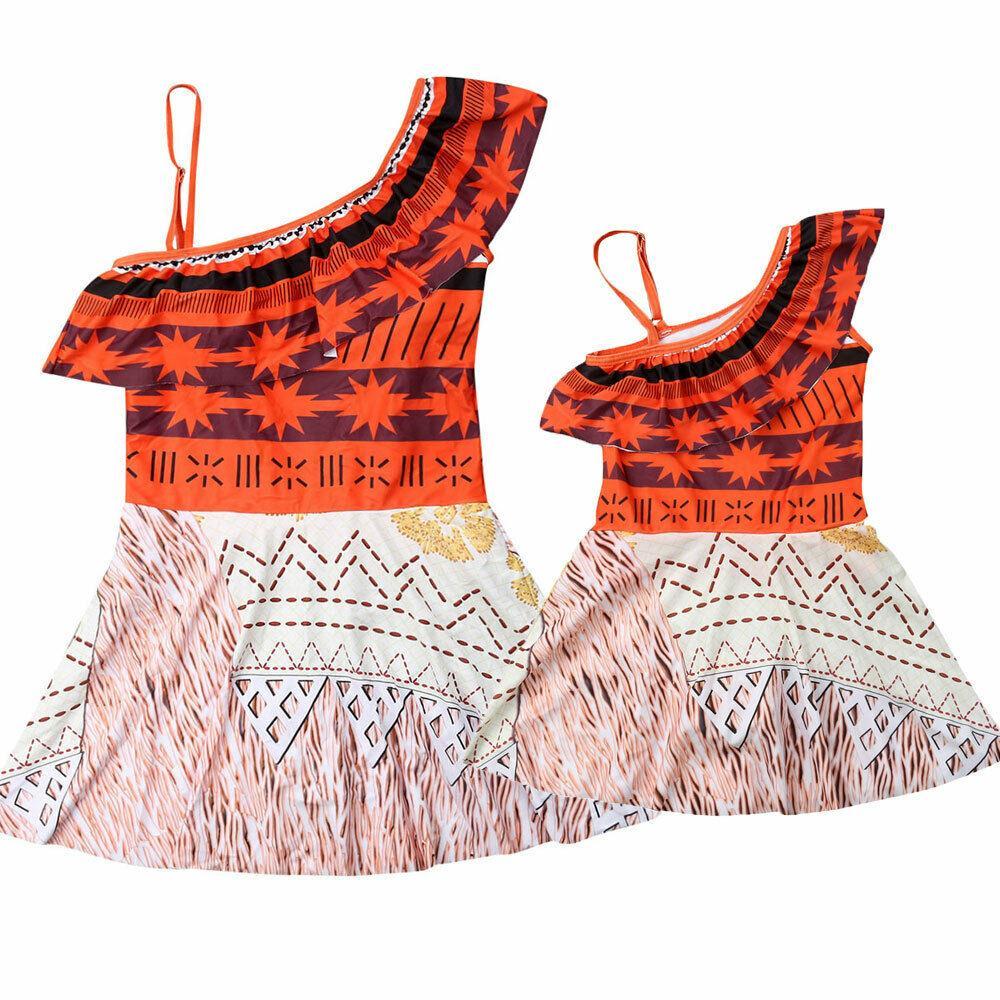 Corrispondenza Estate Famiglia Swimwear Madre Figlia vestito di nuoto Donne di un pezzo spinge verso l'alto il costume da bagno del capretto delle neonate Costume da bagno Dress