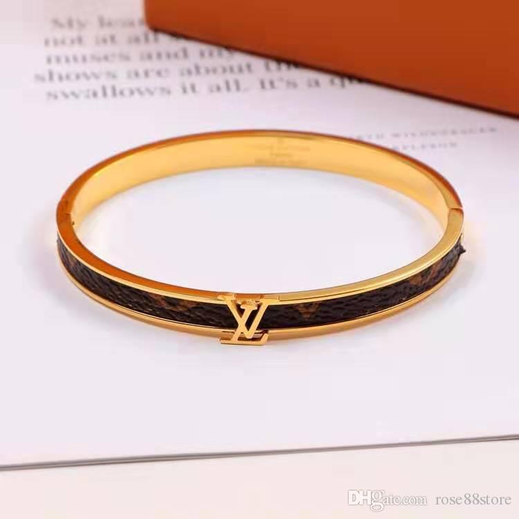 European and American fashion classic men and women bracelet, titanium steel, brand bracelet, lovers accessories wholesale