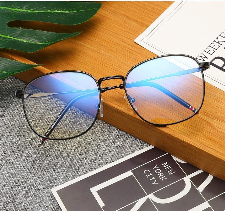 New Myopie Brille Rahmen Anti-Blaulicht Flachspiegel Mode Brille Metallrahmen Computerspiegel