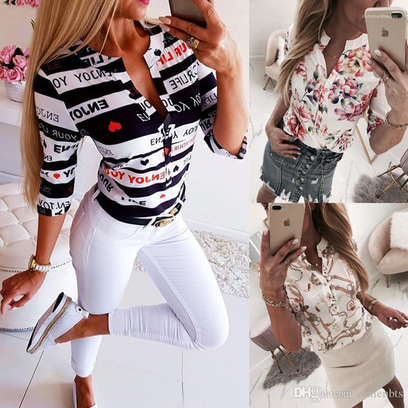 Shirts Sommer Halbarm mit Blumenmustern reizvollen Frauen-Damen-Shirts Art und Weise dünne Frauenoberteile mit V-Ausschnitt Frauen