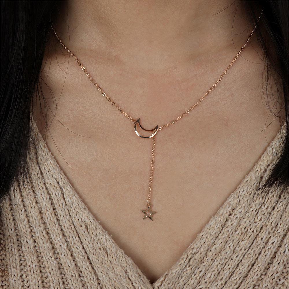 Collana della catena del ciondolo della collana del pendente della stella della luna della luna di modo della collana della catena di zinco della lega per le donne del partito del partito tiro con l'arco
