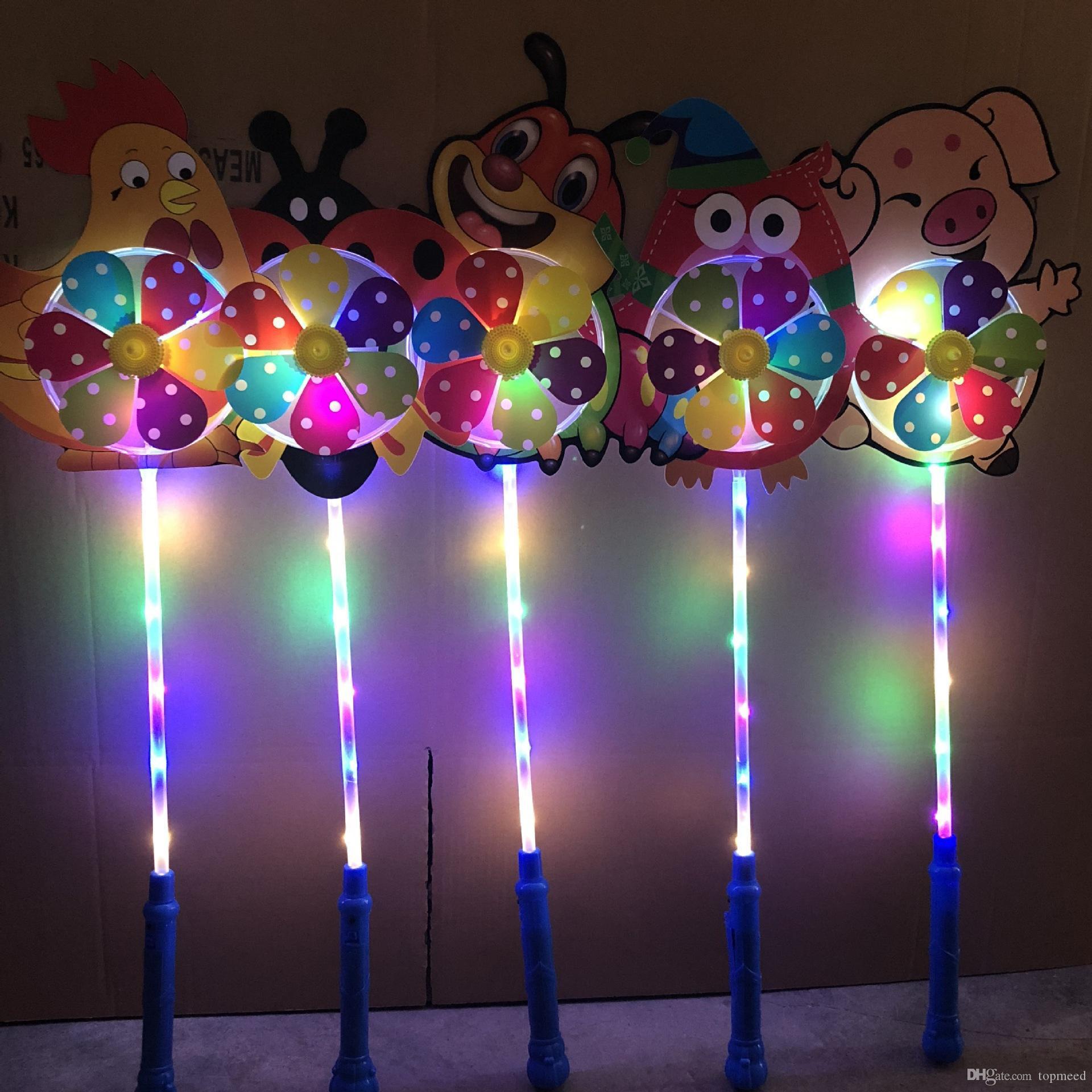 طاحونة KIDS LED الكرتون اللعب الملونة يلة الدولاب على الهواء أضواء زهرة البطة الكلب الديكور لعبة أطفال الحيوانات الأليفة طفل الفتيان الفتيات مروحة عجلة الحزب