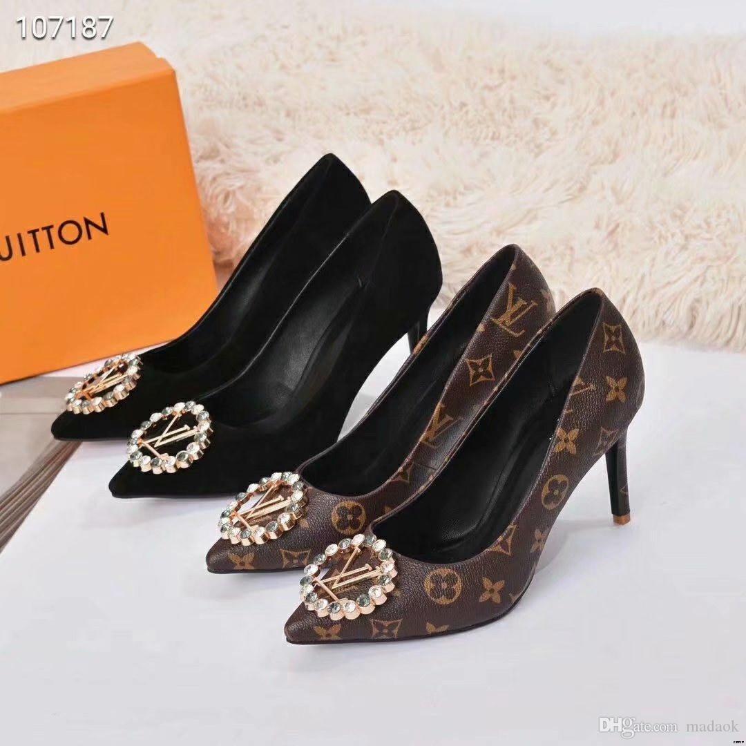 Heel 19ss vendita caldi Red pelle verniciata lama pompe della punta aguzza di vestito dal partito Women Shoes