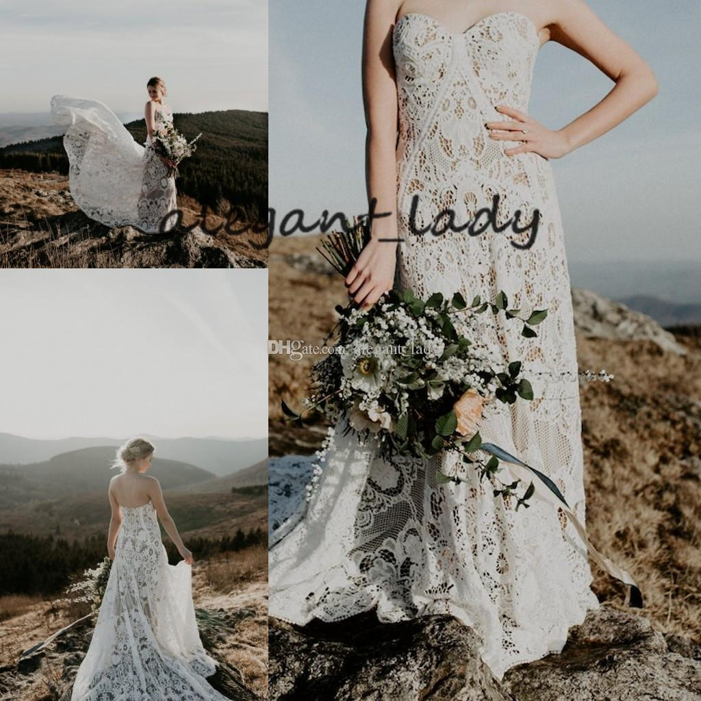 Vintage Crochet Lace Wedding Dresses Retro Strapless Cotton Lace Full length Backless Country Bohemian Bridal Gown 2019 Cheap Wedding Dress