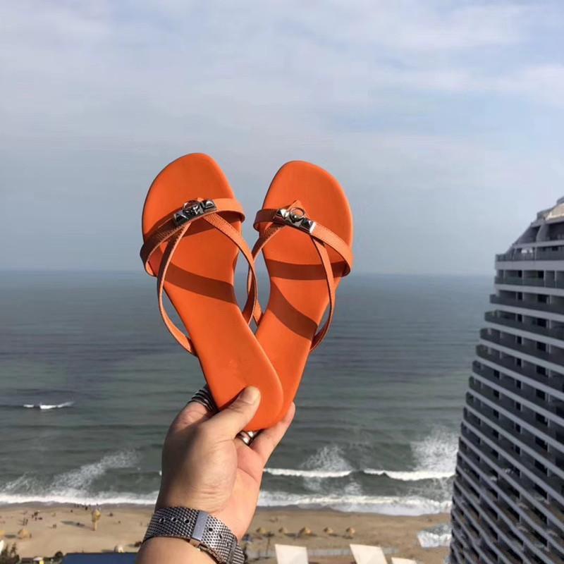 Top sandali delle donne degli uomini con la corretta borsa di polvere di lusso Print Designer Shoes serpente scorrere Summer Fashion ampio appartamento Sandals Slipper