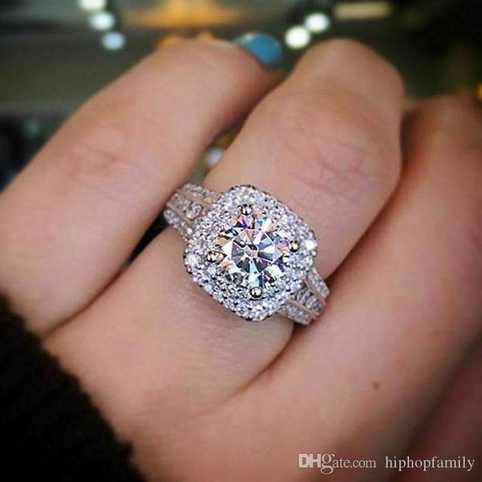 Nouveaux Anneaux de mariage Femmes Mode Bijoux en argent Silver Diamond Engagement Mariage Gemmes pierres précieuses