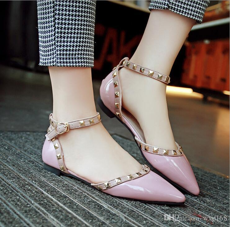 패션 리벳 여성 지적 발가락 플랫 신발 여자 얕은 캔디 색상 드레스 신발 OL Office 우아한 여성 버클 아파트 단일 신발