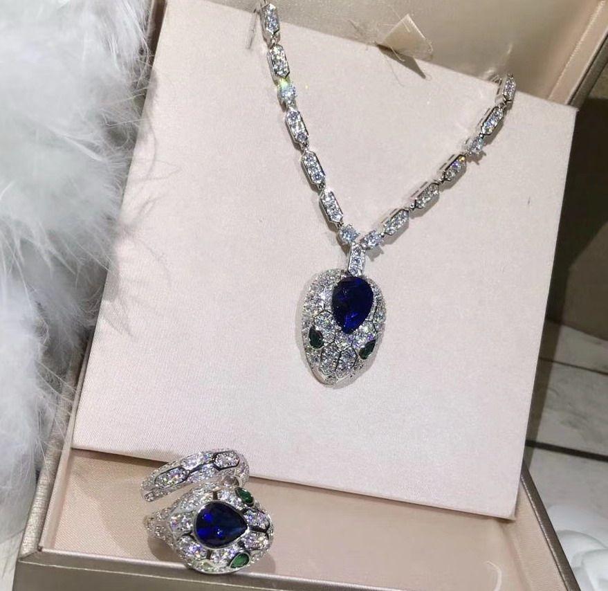 новый CZ кристалл алмаза кулон HEAD ожерелья дизайнер 18K позолоченные украшения для вечеринок для женщин
