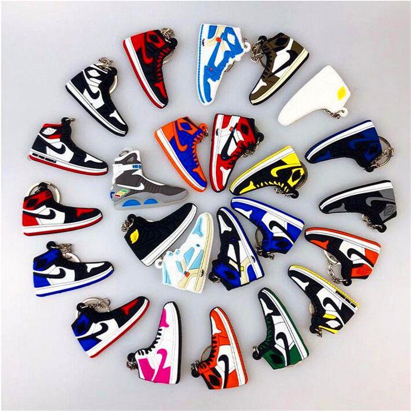 Mini Silicone Sneaker Keychain Woman Men Kids Key Ring Gift Designer Shoes Keychains Handbag Key Chain Basketball Shoes Key Holder