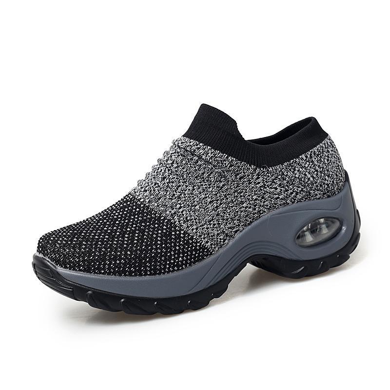 Großhandel POLALI 2019 Spring Damen Sneakers Schuhe Flache Slip On Plateausneaker Für Frauen Schwarze Atmungsaktive Netzsockenschuhe 1839 Von