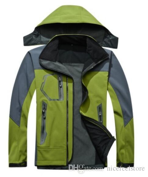 Nuova giacca SoftShell da uomo con cappuccio Windstopper