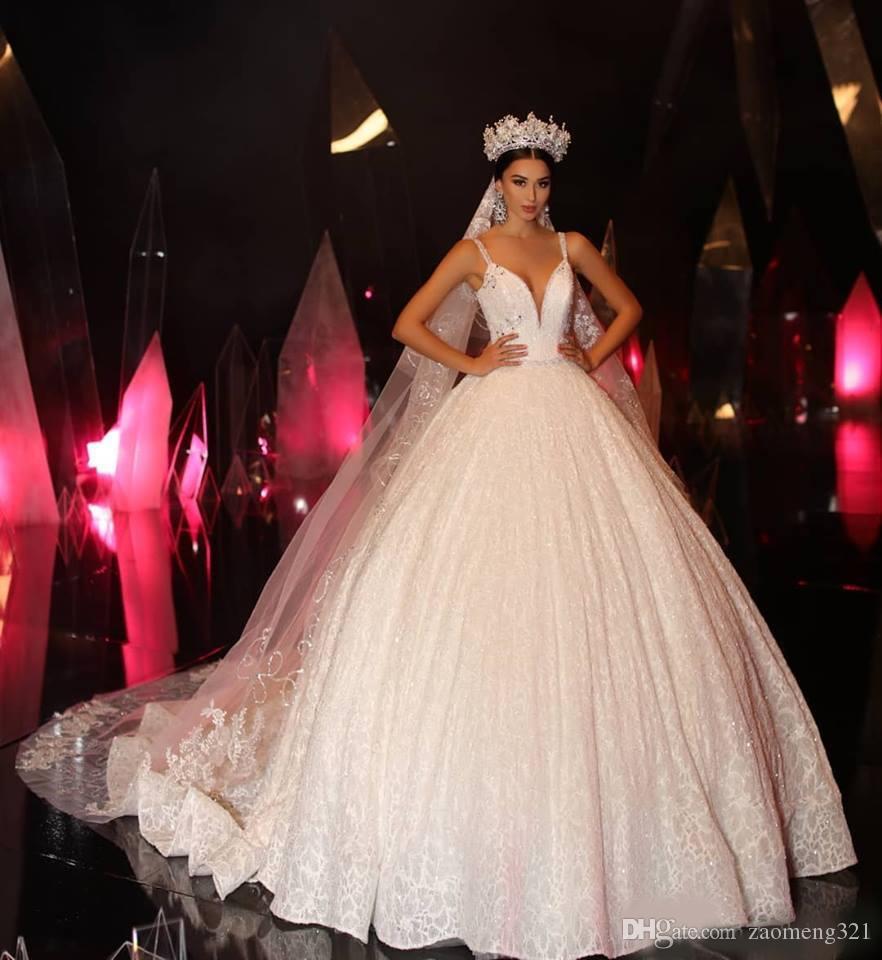 Vestido de bola de encaje de marfil Vintage Plus Tamaño Vestidos de novia Vestidos nupciales 2020 Vestidos de novia de primavera Abito da Sposa Mariage con velo largo