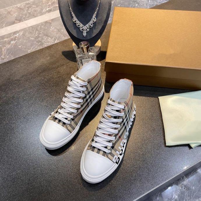 Burberry shoes plataforma zapatos de diseño zapatillas de deporte casuales de diseño desfile de moda los hombres de las zapatillas de deporte con la caja del logotipo bbr200409