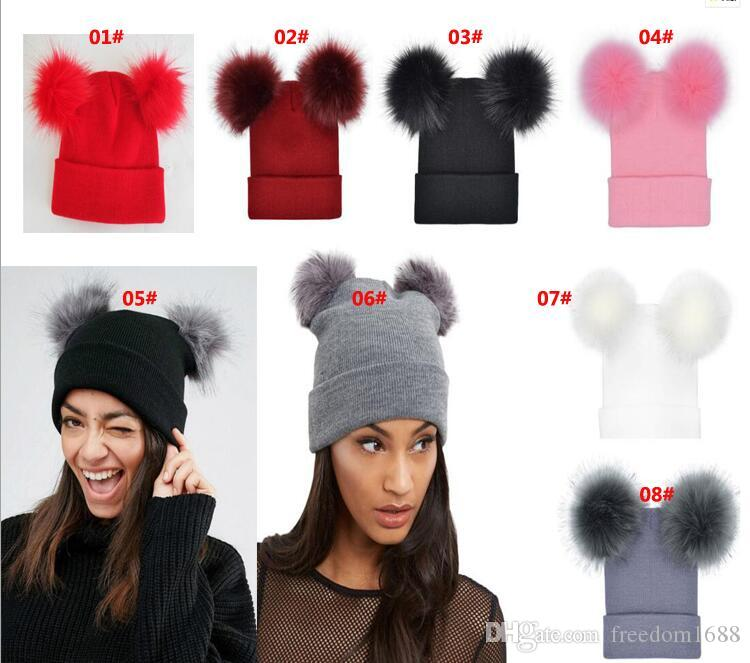 LADIES KNITTED HAT WITH DOUBLE FAUX FUR POM POM