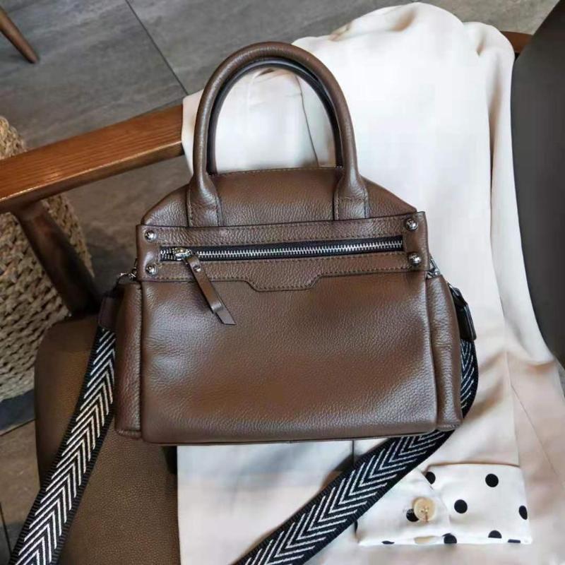 Schulter Ellacey Breite Trageriemen Brusttasche 2020 Retro beiläufige echten Leder-Handtaschen-Frauen arbeiten Normallack-Schultertasche weiblich