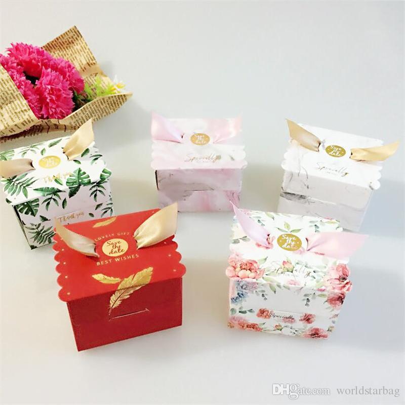 Nueva caja de dulces de boda multicolores Bolsa de regalo Favores de boda y caja de regalos Fiesta de bienvenida al bebé Feliz cumpleaños Caja de papel Suministros para fiestas Envoltura de regalos