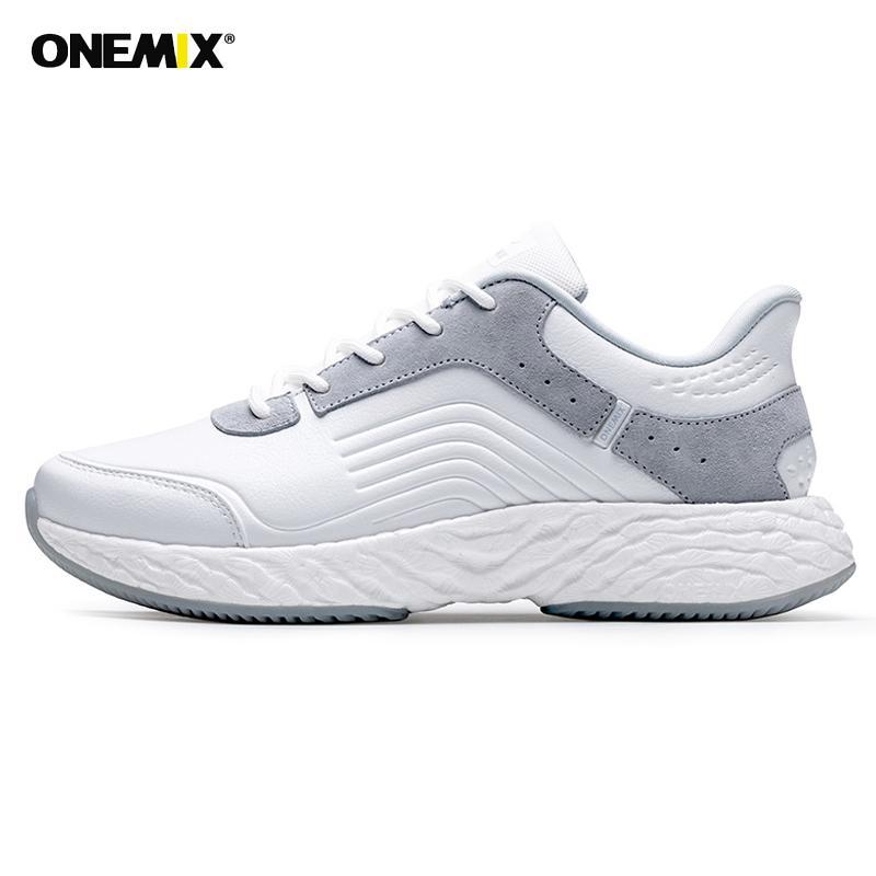 Onemix 2020 Chaussures de course hommes high-tech en cuir Sneakers énergie Goutte imperméable coupe-vent supérieure Antiderapant Chaussures de marche Sport