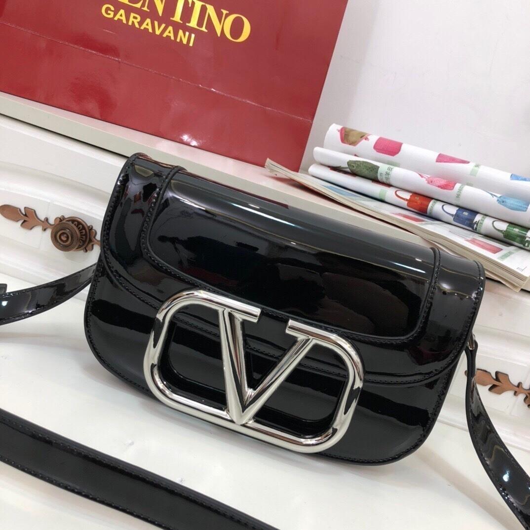 Dernière style rétro sac de selle nouveau sac à bandoulière skiff haut de gamme de la mode féminine matériel V-forme Accessoires 022004