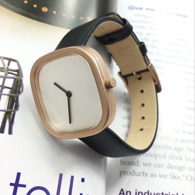 Francês nova estrela de venda quente com um relógio quadrados feminino clássico ins estudantes da tendência da forma de quartzo