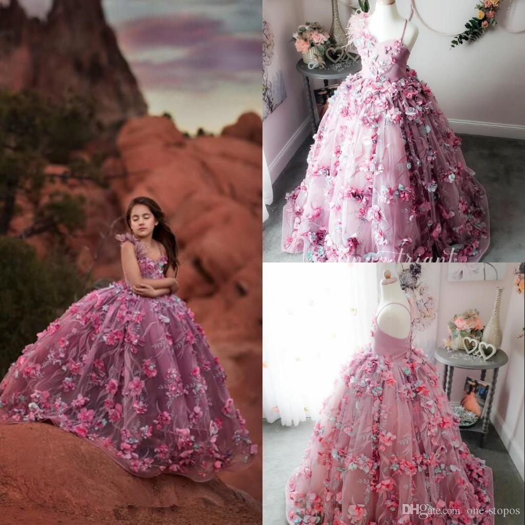 2020 Princess Ball Gown Girls Pageant Dresses Spaghetti Feather Lace 3D Floral Appliqued Flower Girl Dress Girls Kids Formal Gowns