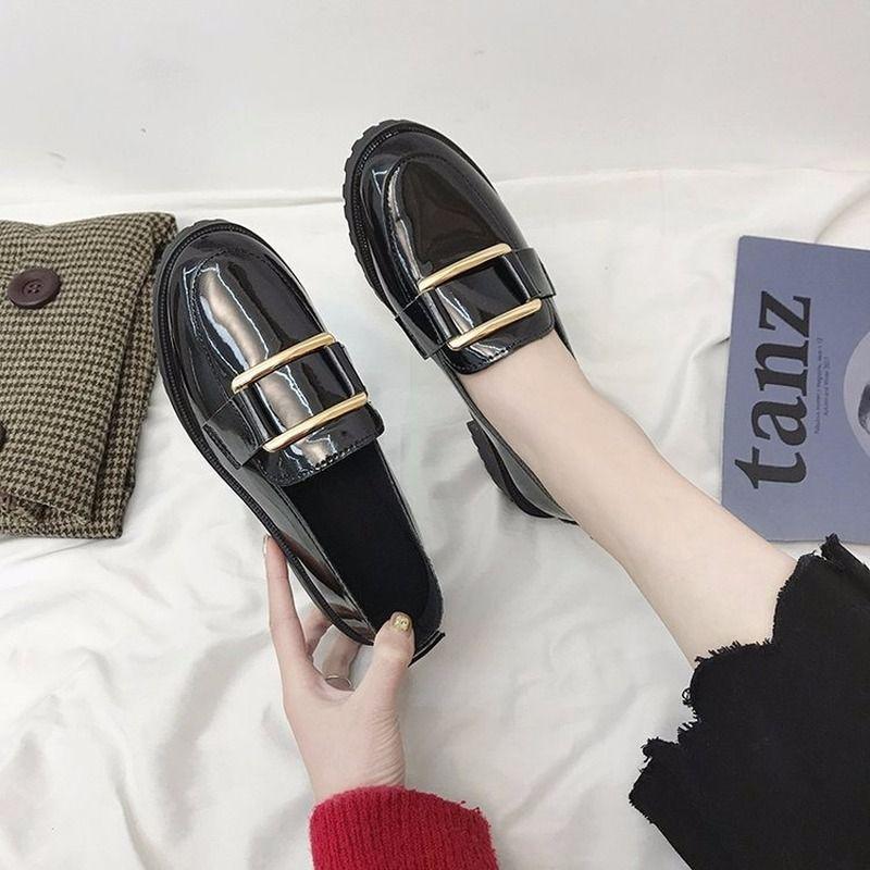 İngiliz Stili Deri Ayakkabı Kadın Siyah Loafers Bayanlar Düşük topuklu ayakkabılar Öğrenci Tekne Ayakkabı Sığ PU Loafer Sıcak Satış İş ayakkabısı