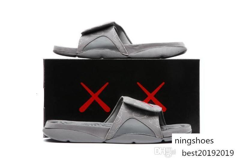 Heiße neue Kaws 4s X Hydro Retroes 4 Cool Grey Slippers Iv Sandalen Slides Basketball-Schuh-Turnschuhe Glow In Dark Größe 7-12V 930155-003