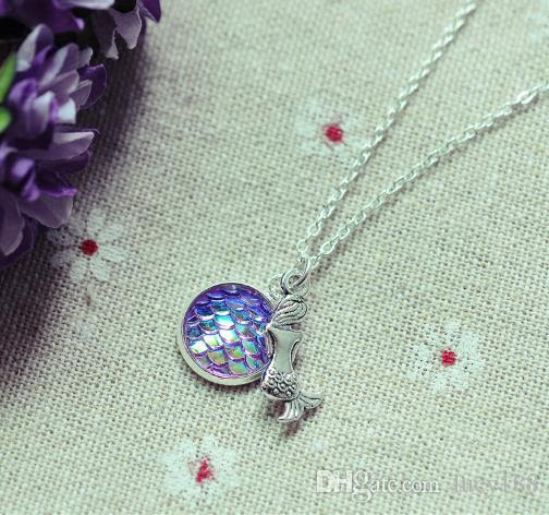 2019 Female short necklace, jewelry scales flat surface time gem diamond wholesale women pendant necklace jewelry manufacturer