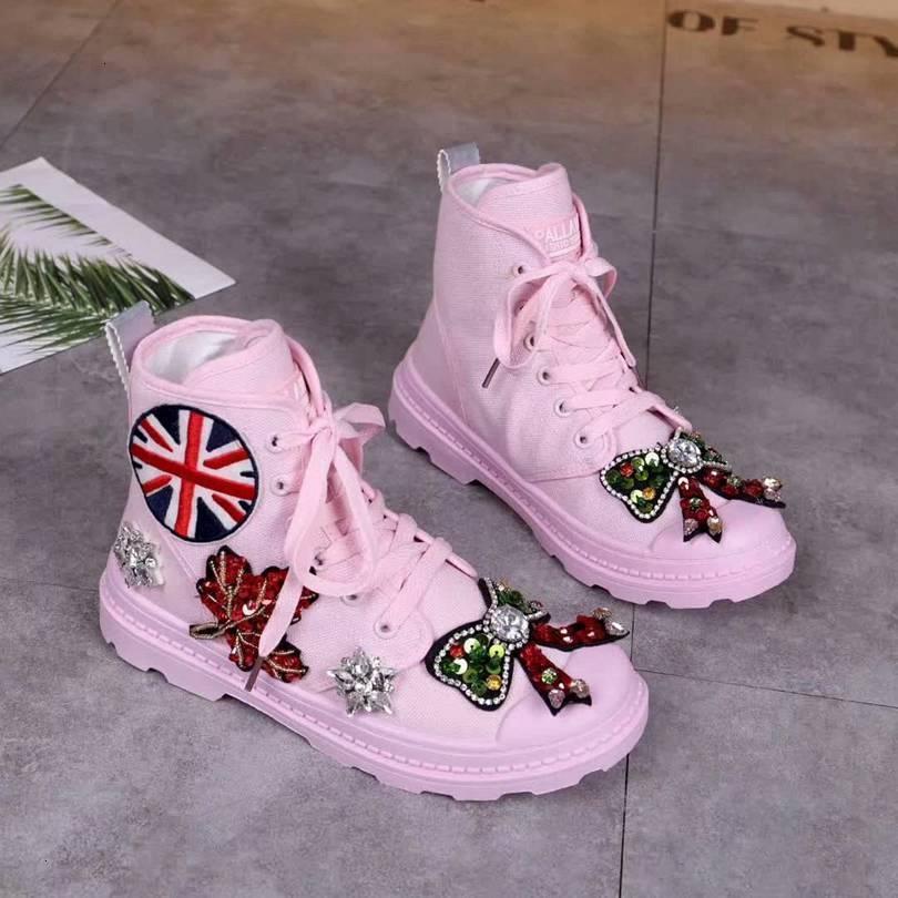Vintage Klasik Kadınlar ilkbahar ve sonbahar Martin Boots Yuvarlak kafa düz topuk Martin çizmeler