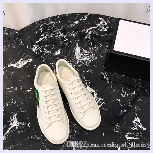 кожаные мокасины Мюллер тапочки Мужская обувь с роскошным дизайном пряжки мода мужчины Принстон тапочки дамы повседневная мулы квартиры 35-45 e01