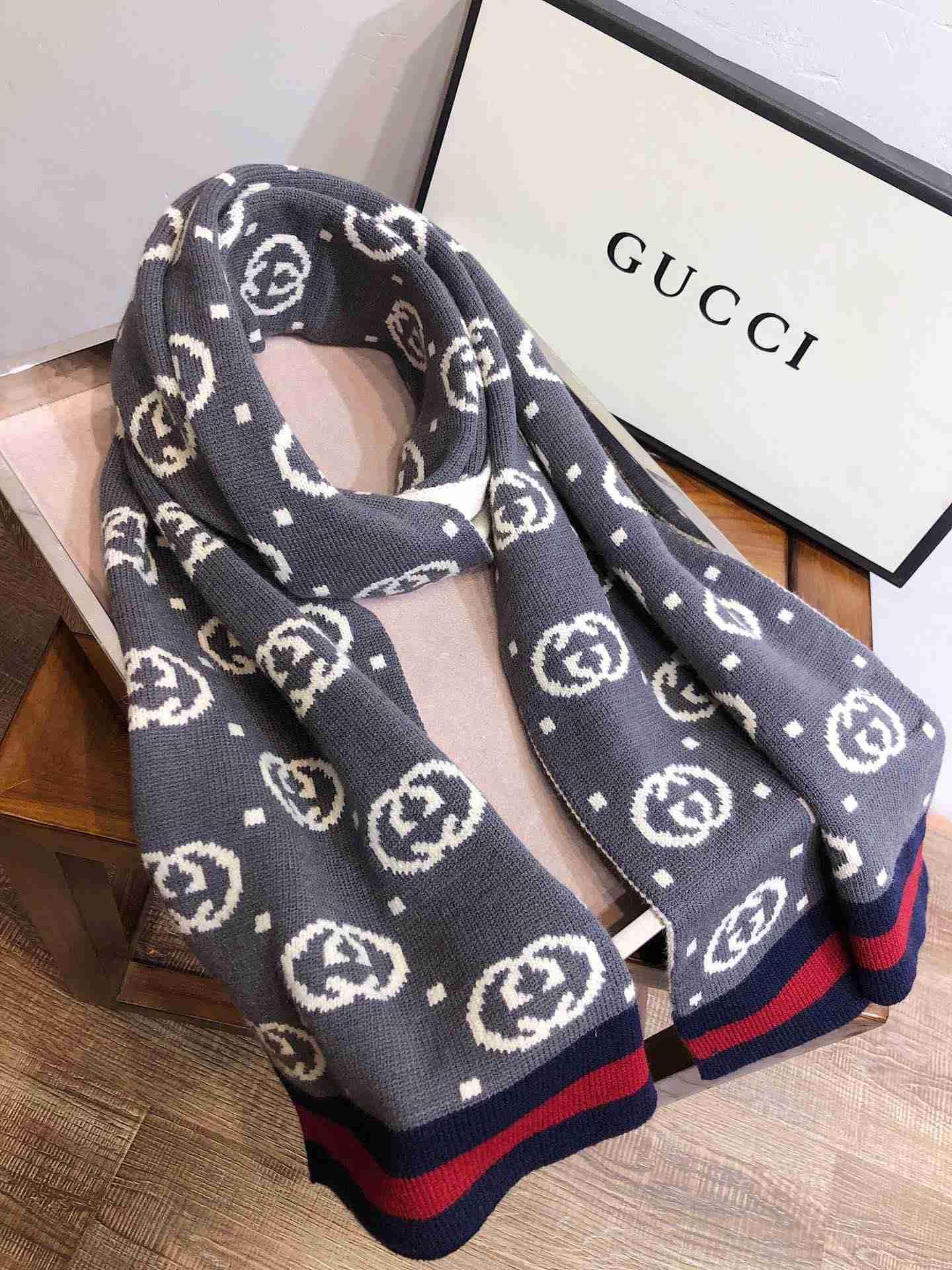 lettera sciarpa all'ingrosso stile di design autunno e la sciarpa di inverno uomini e donne scialle di lana sciarpa 180X30CM echarpe cachecol maglia hijab moda