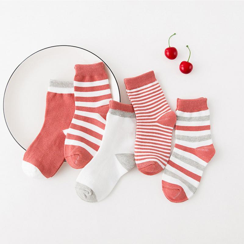 5 pares / lote bebê Stripes Boy Socks macio meias de algodão infantil bonito Padrão Meias Kids For Baby Boy Blue Black
