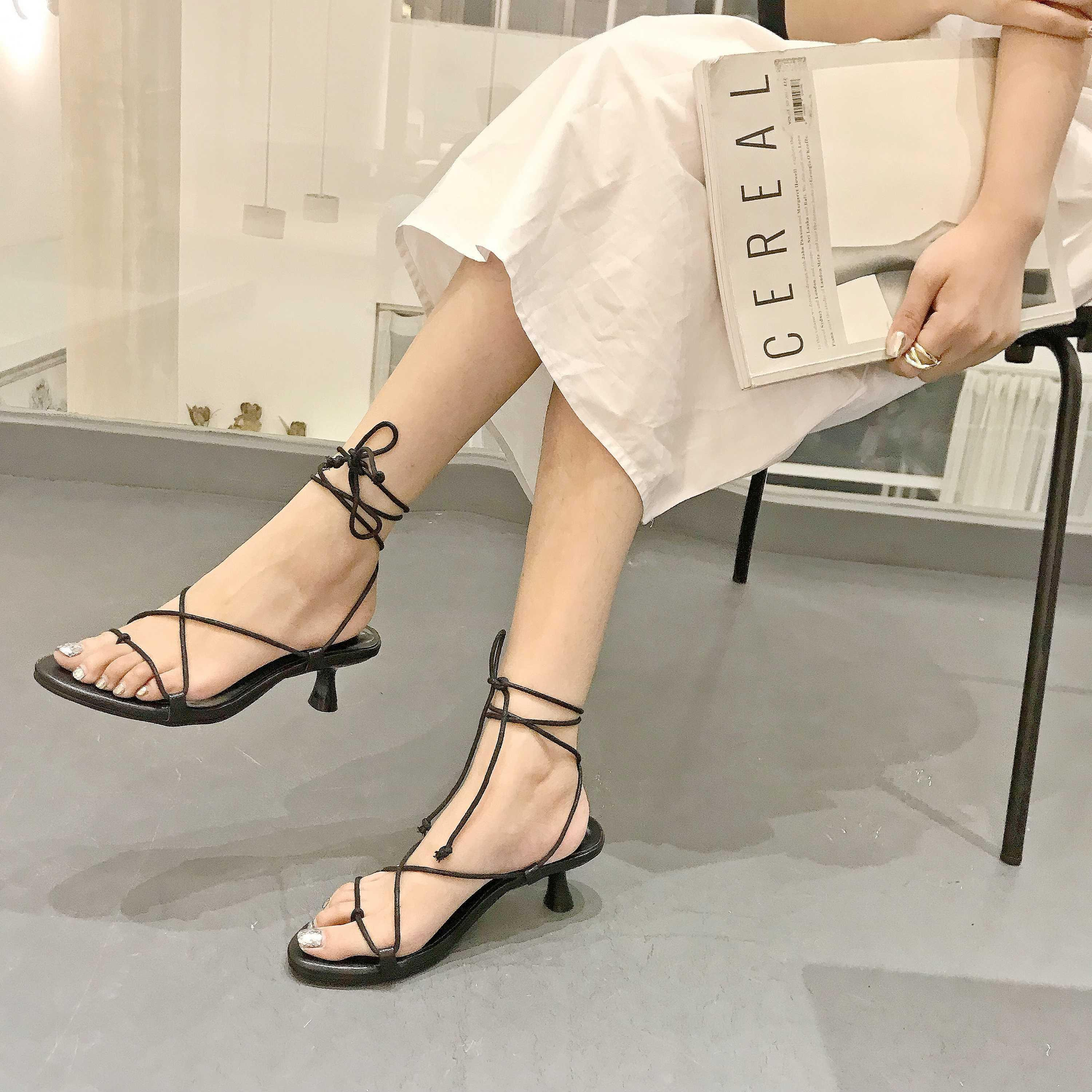 Crystal2019 Wine Glass Fit Ring Bandage Rome Woman Sandals On Vacation High-heeled Shoes