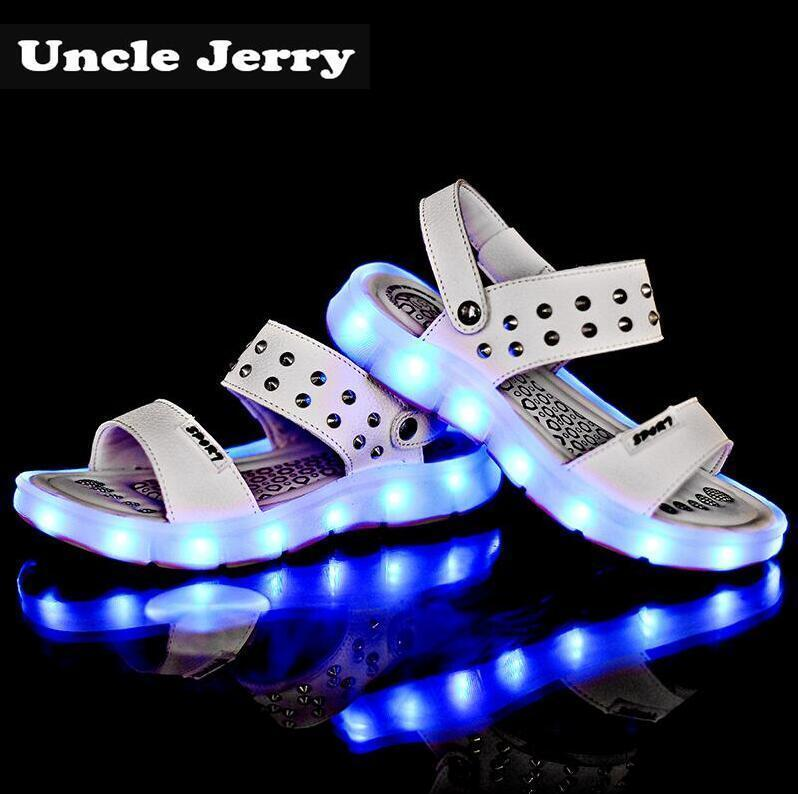 Unclejerry Usb Rechargeable Sandals For Girls And Women Rivets Glowing Shoes Children Beach Sandals Kids Summer Shoes Baby Shoes Y19051303