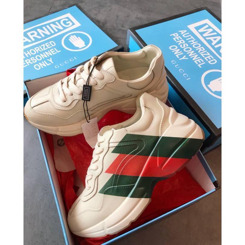 2020 Lovers Casual Lace Up Low Top pattino di modo scarpe da tennis delle donne White Men Platform Lace Up Raffreddare Flats scarpe da ginnastica di vendita caldi