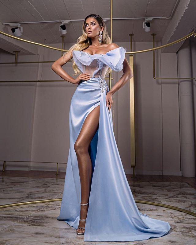 Élégant de l'épaule en satin perlé robe de bal sirène sexy robes de soirée balayage train longue Formal Robes pas cher