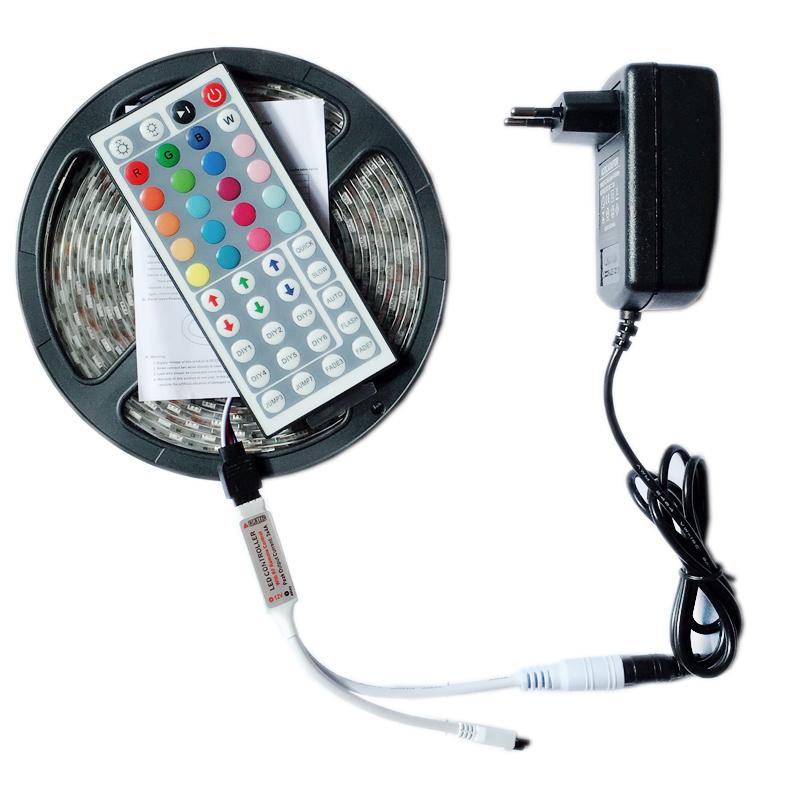 Şerit LED Işık RGB 5050 SMD Esnek Şerit fita ışık şeridi RGB 5M 10m Bant Diyot DC 12V + Uzaktan Kumanda + Adaptörü açtı