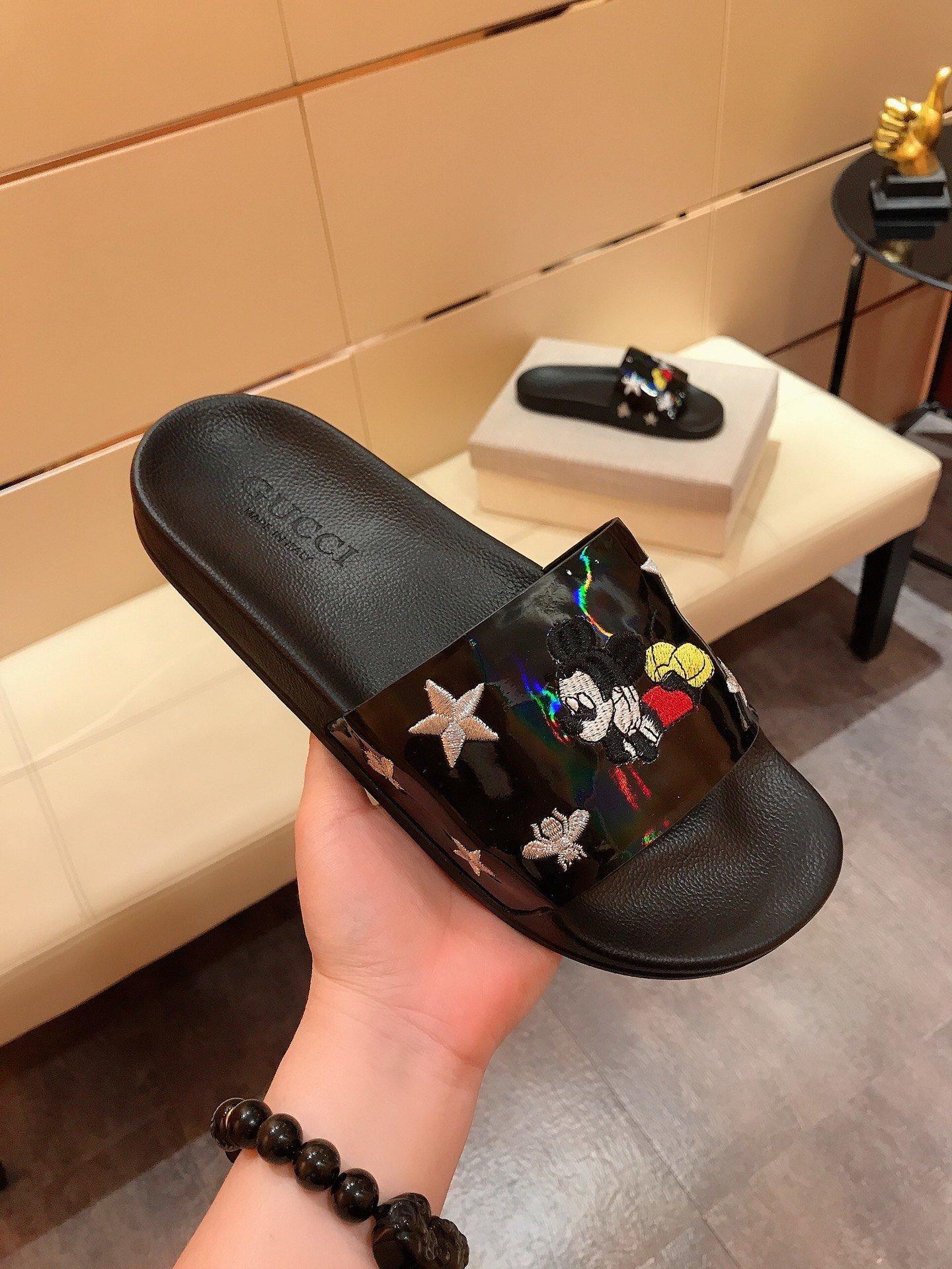 New Fashion Men Women Designer Slides Shoes Summer Wide Flat Slippery Sandals Slipper Flip Flop Rice Mouse cartoon print Ace Bee 38-44 H28