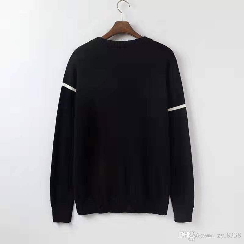 2020 새로운 패션 남성 스웨터 긴 소매 캐주얼 풀오버 남성 가을 라운드 넥 패치 워크 니트 스웨터 착실히 보내다가 8J0618 탑
