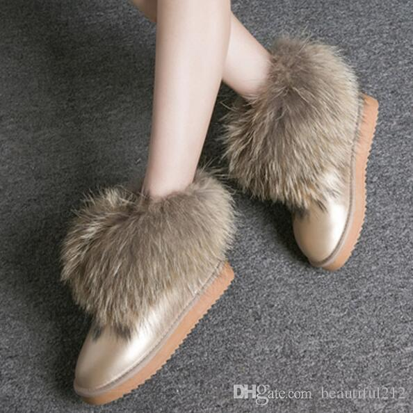 2019 diseñador Australia botas de nieve clásicas para mujer botas cortas de piel de tobillo para invierno Moda de castaña negra Zapatos de mujer al aire libre talla 35-43