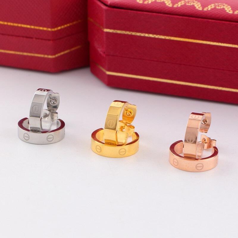 النساء هوب أقراط موضة الحب مصمم مسمار أقراط مجوهرات الزفاف 316L التيتانيوم المقاوم للصدأ فضة وردة نوع ذهب حلق