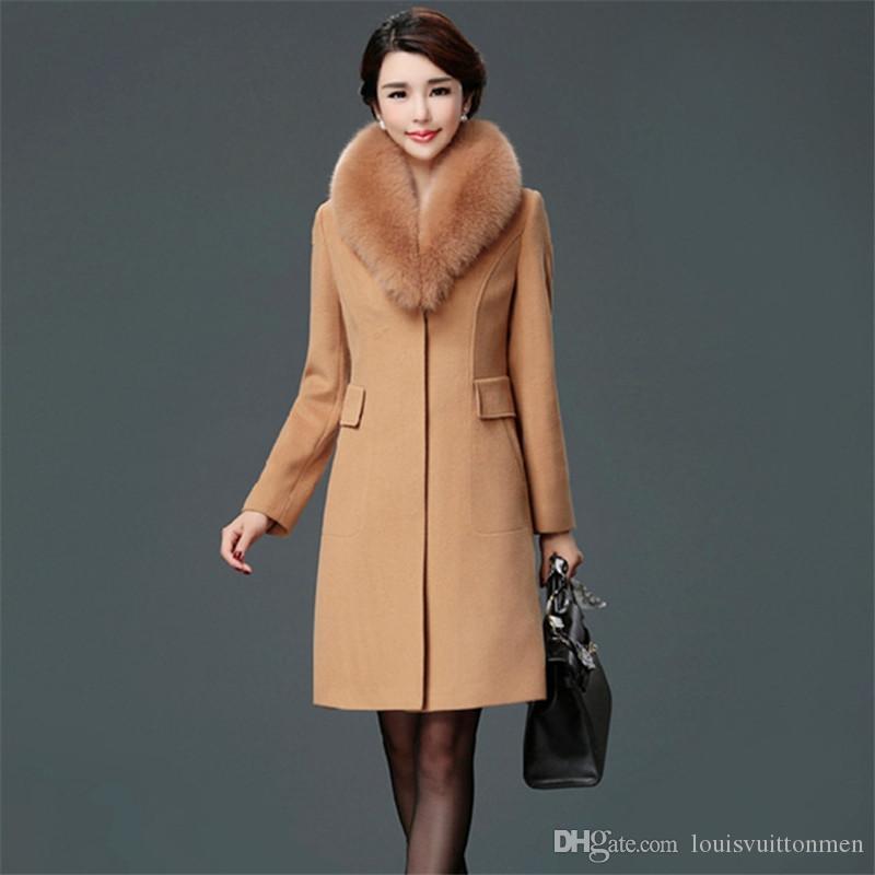 Tasarımcı Katı Bayan Coat Faux Kürk Yaka Moda Bayanlar Kış Uzun Elbise Kapalı Düğme Rahat Palto