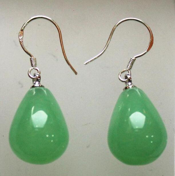 Jewelryr Jade Earring venta al por mayor 12 * 16 mm hermosa luz verde jades stud stud envío gratis