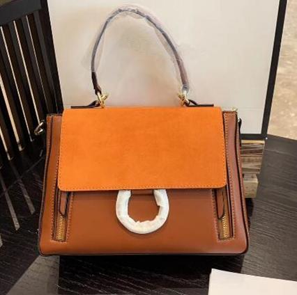 Designer de moda clássico Designer Bolsas Suede Cadeia Handbag do anel do círculo Bolsas de Ombro Mulheres Flap Cadeia Crossbody Bag Designer Bolsas M