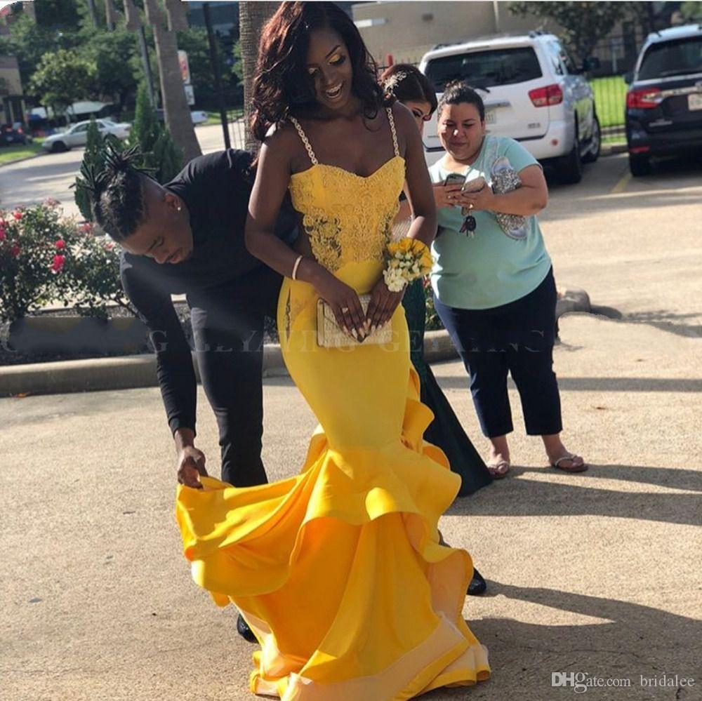 Sexy Black Girls Mermaid Yellow Lace Vestidos de baile 2019 Largo elegante Tallas grandes africanas Vestidos formales Vestido de fiesta de graduación sin respaldo