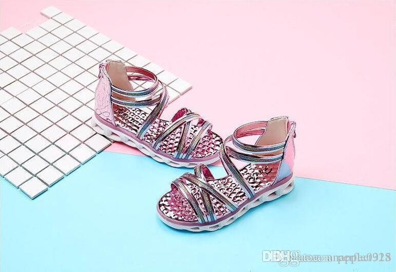 Été nouveaux enfants chaussures version coréenne fille sandales creux armure fleur chaussures romaines mode princesse chaussures