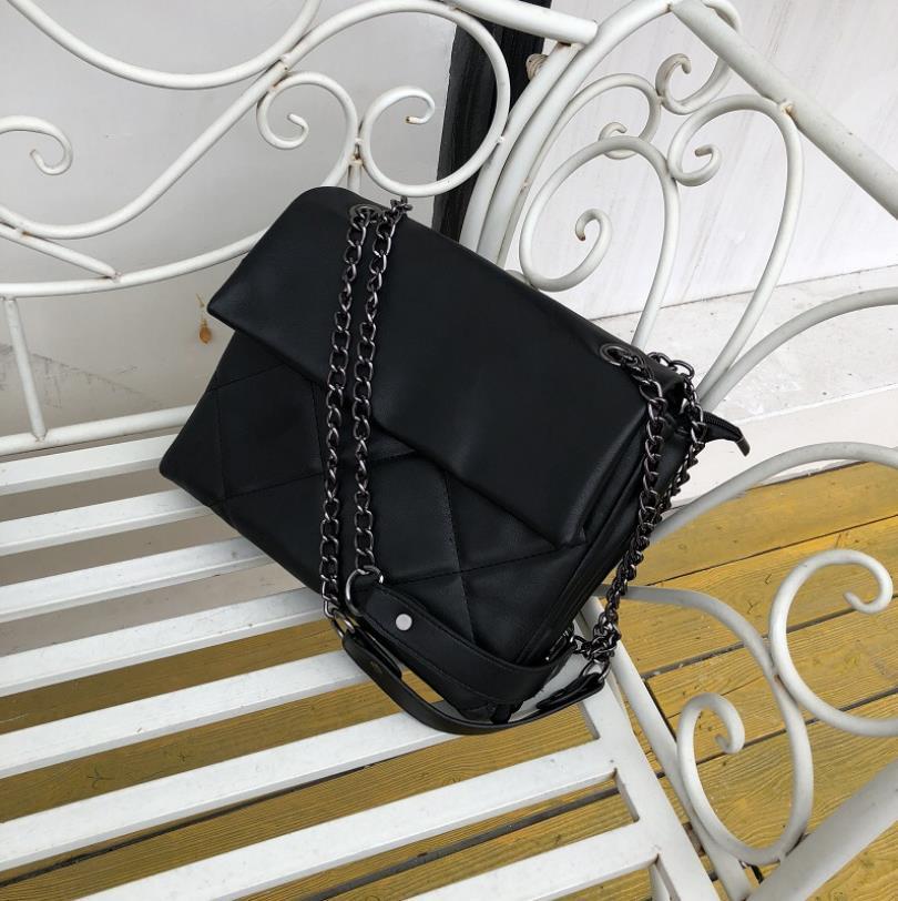 das mulheres Bag 2020 New Ins Moda Lingge grande cadeia Big Bag Único Ombro Messenger Bag