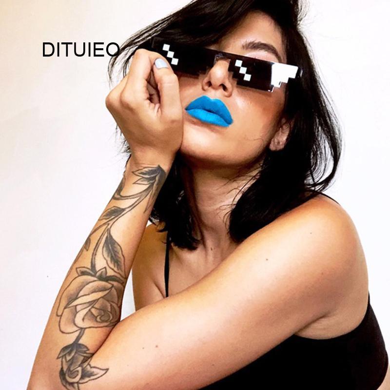 Nova Mosaic Sunglasses Feminino truque Toy Thug Life Óculos Negócio com ele óculos Pixel Mulheres Male Black Mosaic ONeTW engraçado Toy