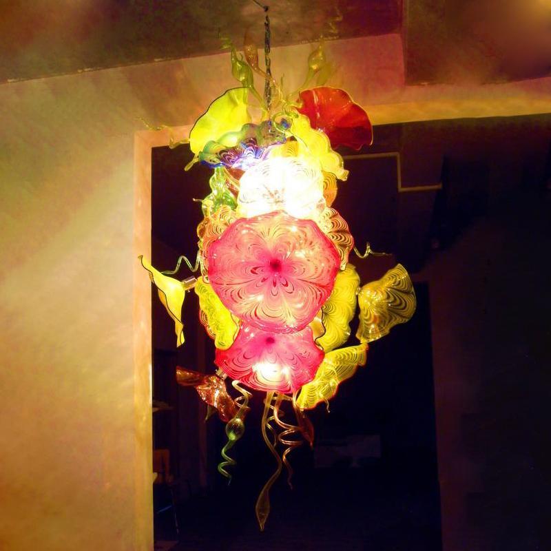 컬러 펜던트 램프 불어 유리 샹들리에 조명 LED 체인 꽃 아트 펜던트 빛 CE UL 큰 로비 현대 크리스탈 샹들리에