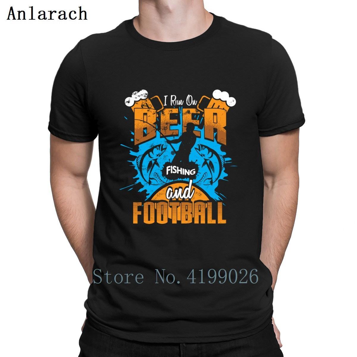 I Run On Beer pesca e futebol Fisherman peixes camiseta Estilo Verão Chegada Nova engraçado camisetas Impressão Big tamanhos básicos Sólidos